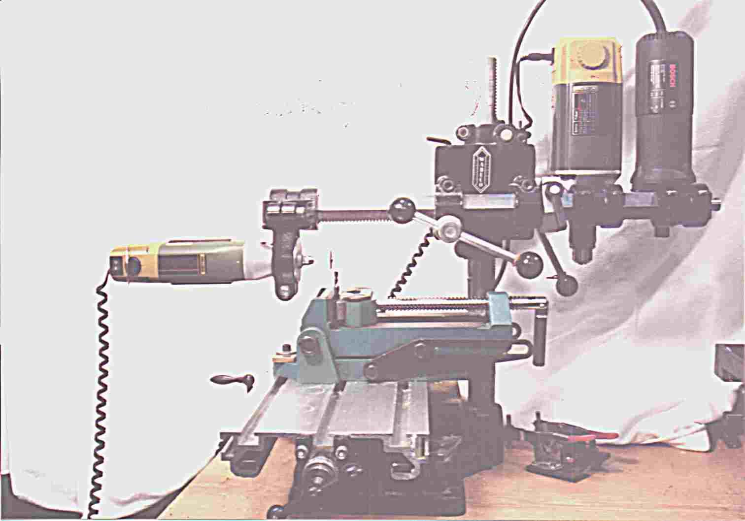 trickkiste drehmaschine selber bauen aus bohrer fr ser machen. Black Bedroom Furniture Sets. Home Design Ideas